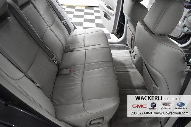 vehicle-photos-published_vauto_com-bd-70-d6-3d-d2d4-44ee-a9dd-f3fd4c391ac6-image-10_jpg