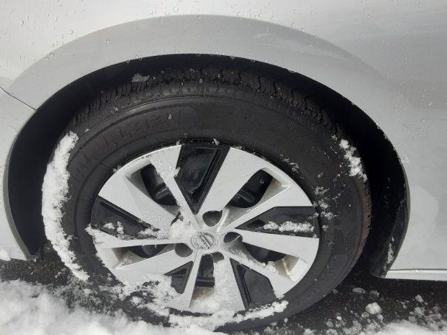 vehicle-photos-published_vauto_com-d8-a8-84-54-0df2-490c-abec-8005264947e5-image-9_jpg