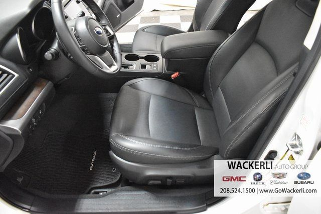 vehicle-photos-published_vauto_com-e4-80-24-d3-5408-4514-8228-6b39b60bb053-image-7_jpg