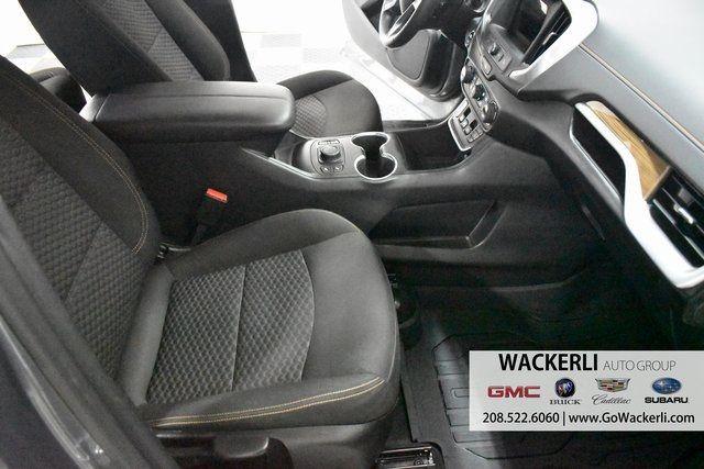 vehicle-photos-published_vauto_com-f0-4f-fd-8a-6f31-460a-99ee-78b3b94bc807-image-11_jpg